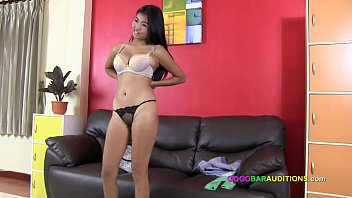 Asian with big boobs casting for redlight bar