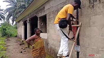 African Gift fucked her worker outdoor