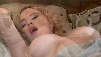 Video Porno McKenzie Lee And Friends Trash A House And Fuck Some Cocks