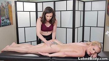 Bokep XXX Lesbian Sex Massage