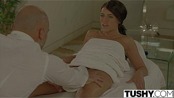 Bokep TUSHY Lonely Wife Adriana Chechik Gets Anal Massage
