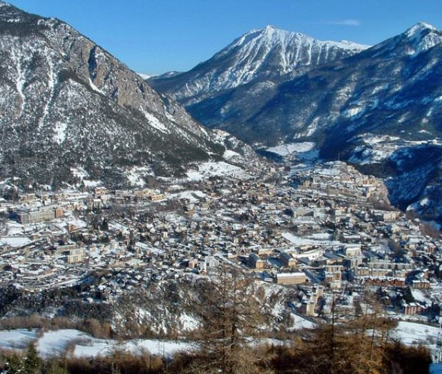 Modern Briancon Is Famous Not Only Due To First Rate Alpine Skiing Tracks But For Great Sanatoria Many Tourists Choose Them For Their Family Rest