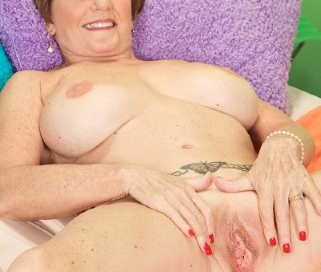 Bea Cummins Solo Milf Photos