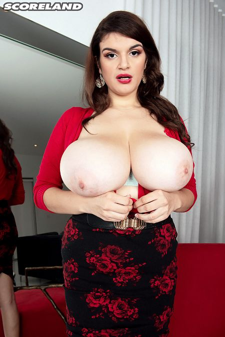 The Busty World of Jenni Noble