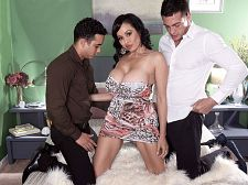 Claudia's three-way big-tit bangaroo