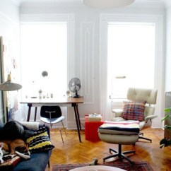 Living Room Chairs For Small Spaces Best Colours Walls The Eames Lounge Chair In Nyc Apartments And Other