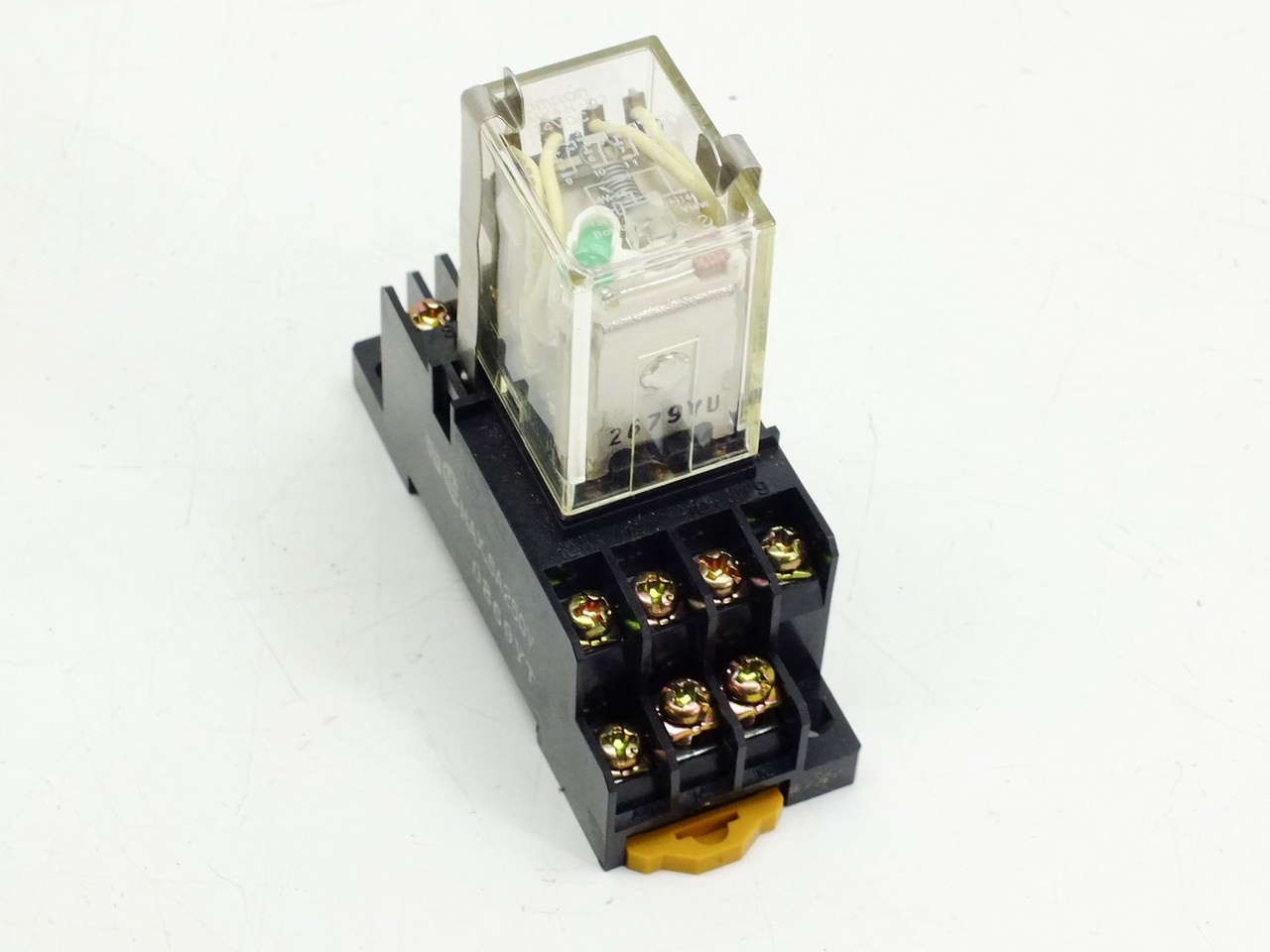 medium resolution of omron miniature power relay my4n d2 24vdc 5amp