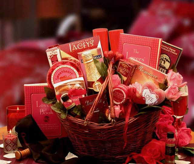 Heart To Heart Couples Romance Gift Basket Valentines Gift Baskets