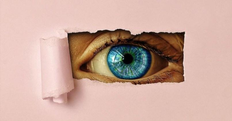 how to help light sensitive eyes