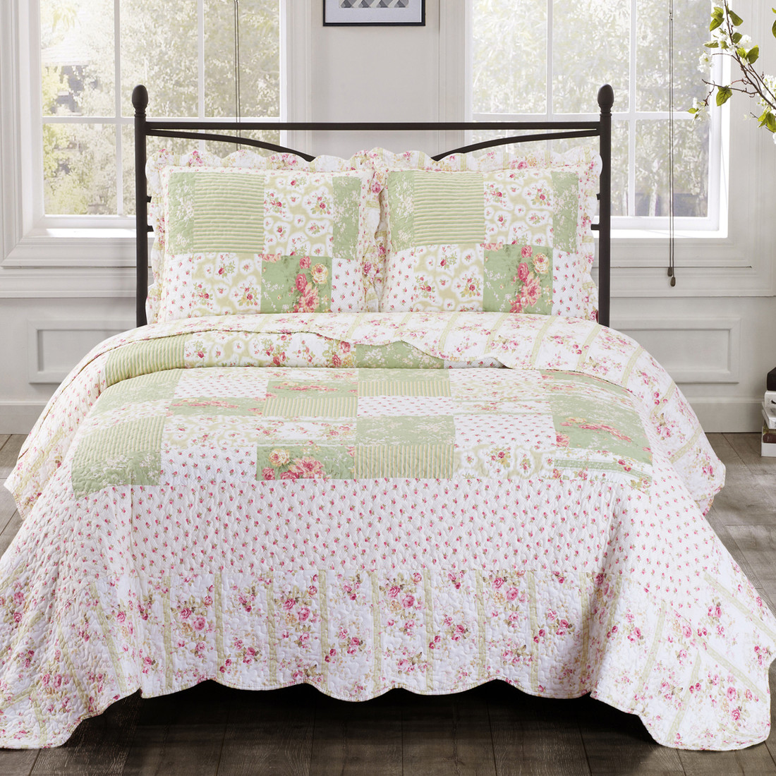 Upland Floral Design Sweet Home Quilted Coverlet Set