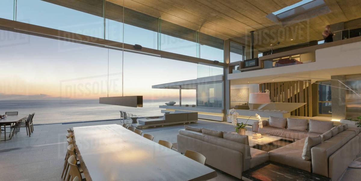 modern luxury home showcase