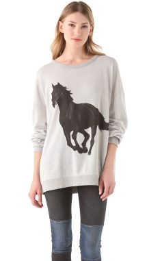 Barefoot Sweater Black Stallion