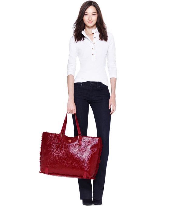 Lyst - Tory Burch Patent Shearling Tote In Red