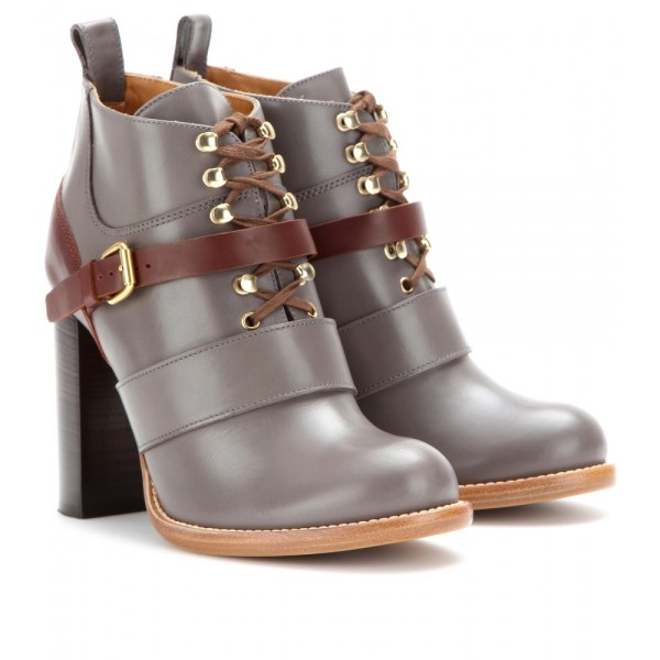 Chlo Bernie Leather Ankle Boots In Gray - Lyst