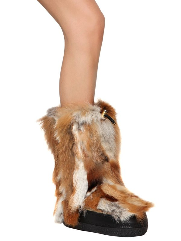 Chlo Fox Fur Snow Boots In Natural - Lyst