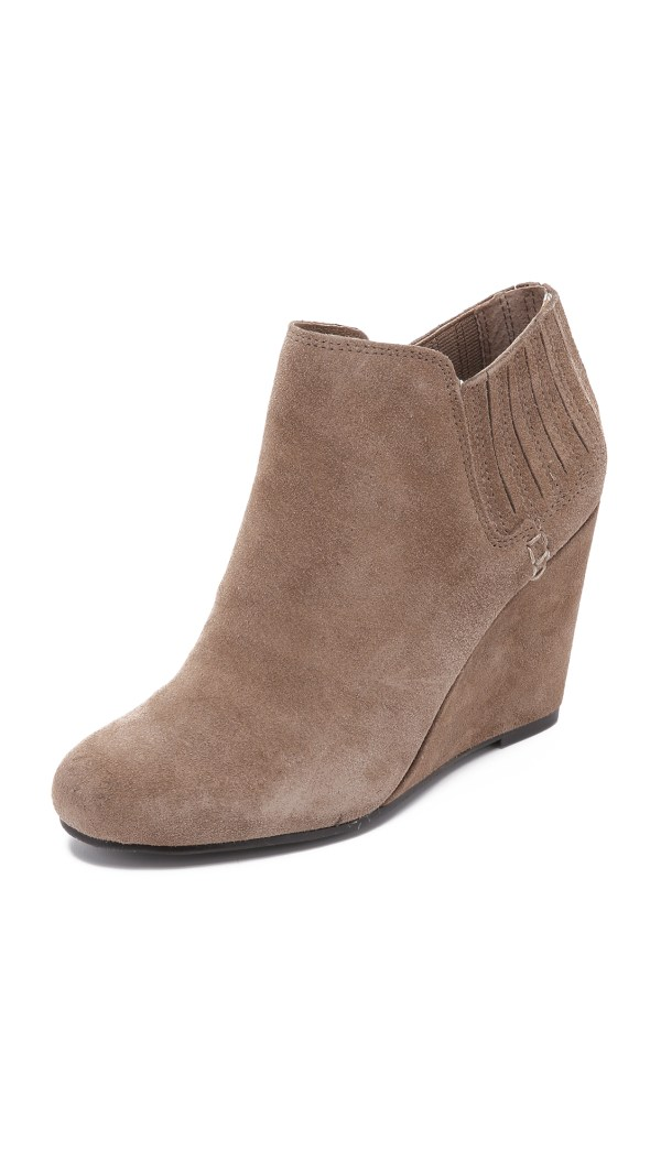 Dolce Vita Gwynn Suede Wedge Booties - Taupe In Brown Lyst