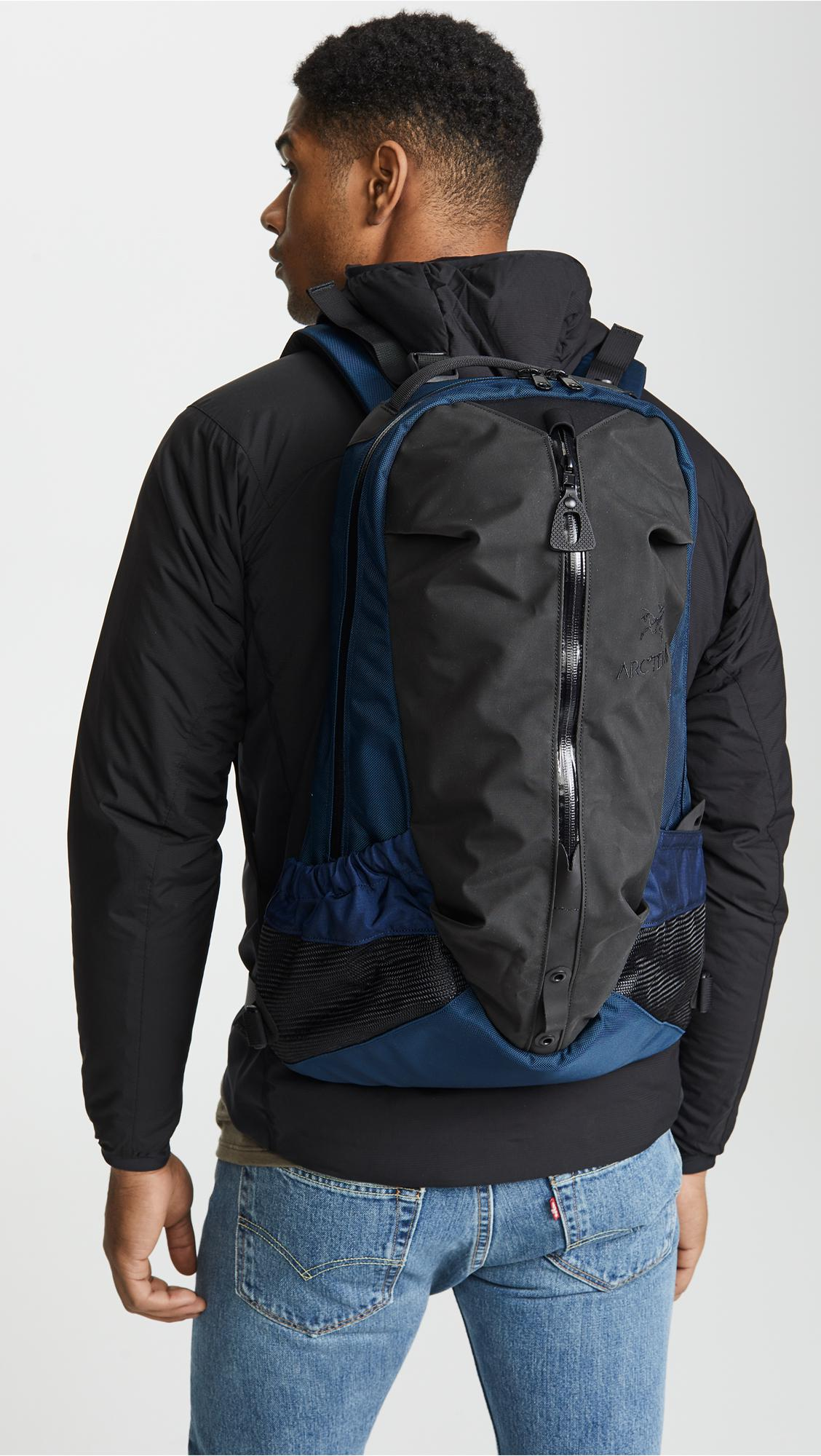 Arc'teryx Arro 22 Backpack in Blue for Men - Lyst