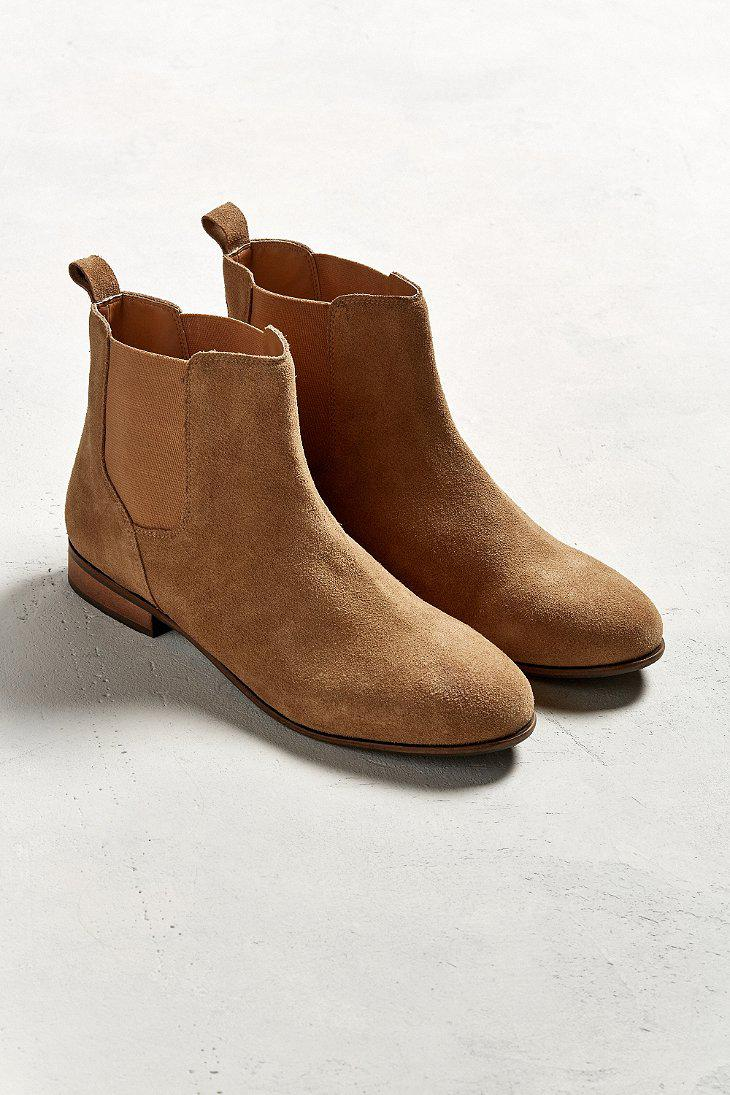 Brown Boot Lace Desert