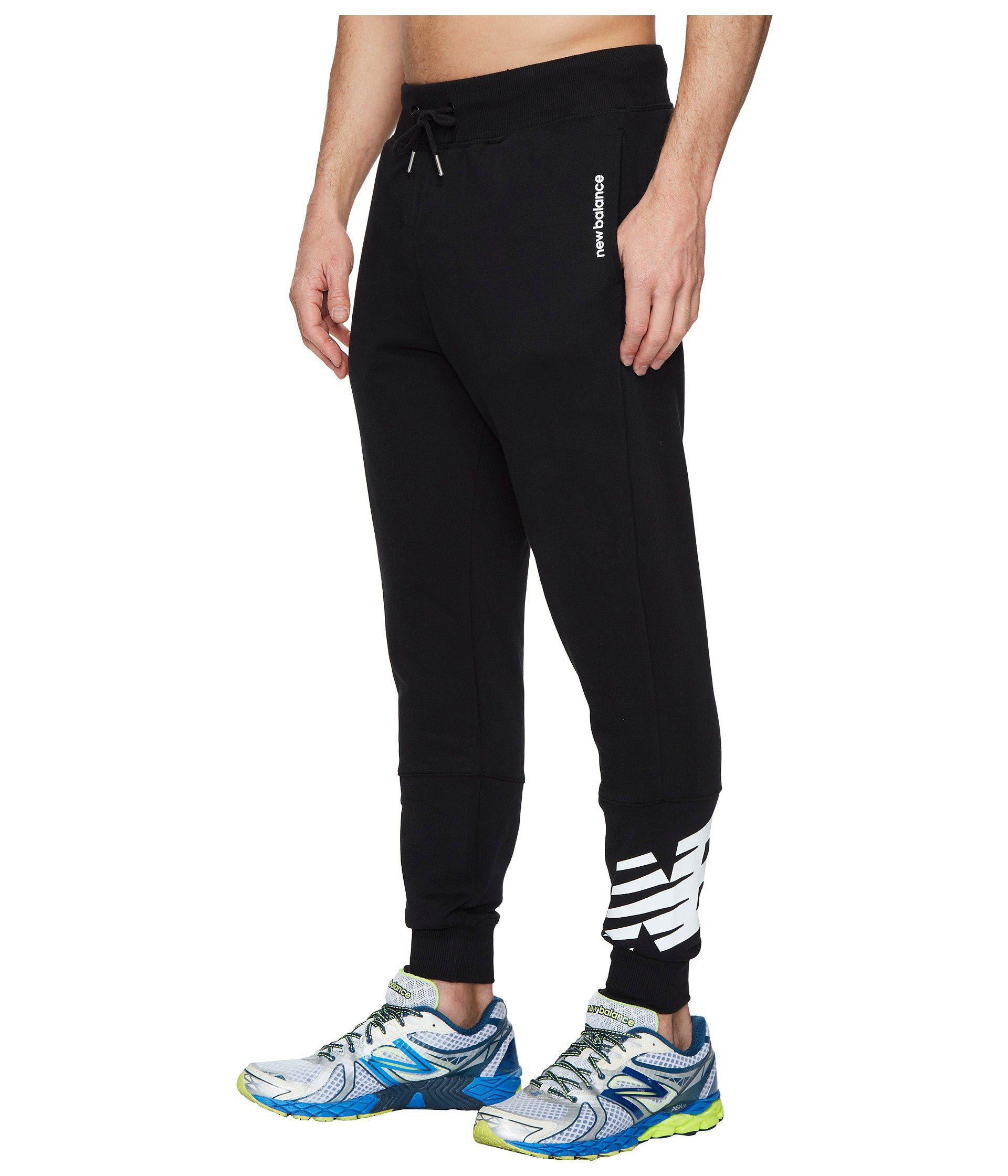 New Balance Cotton Essentials Ft Graphic Sweatpants in Black for Men - Lyst