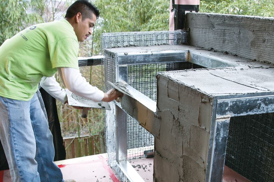 Building a Stuccoed Outdoor Kitchen  Professional Deck