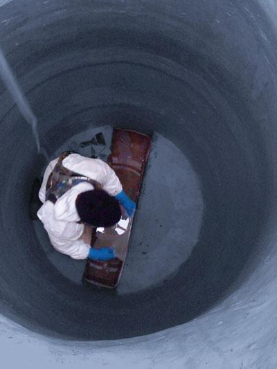 Hybrid Epoxy Manhole Lining System Public Works Magazine