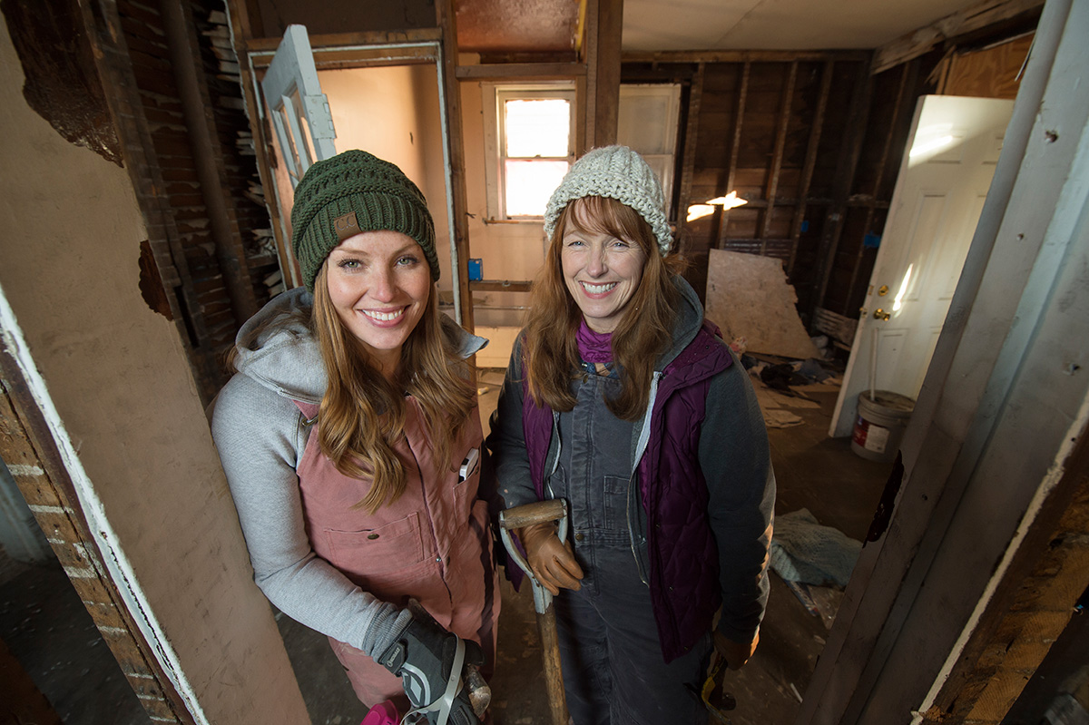 kitchen remodeling cost flat panel cabinets two chicks, a hammer, and tv show | ...