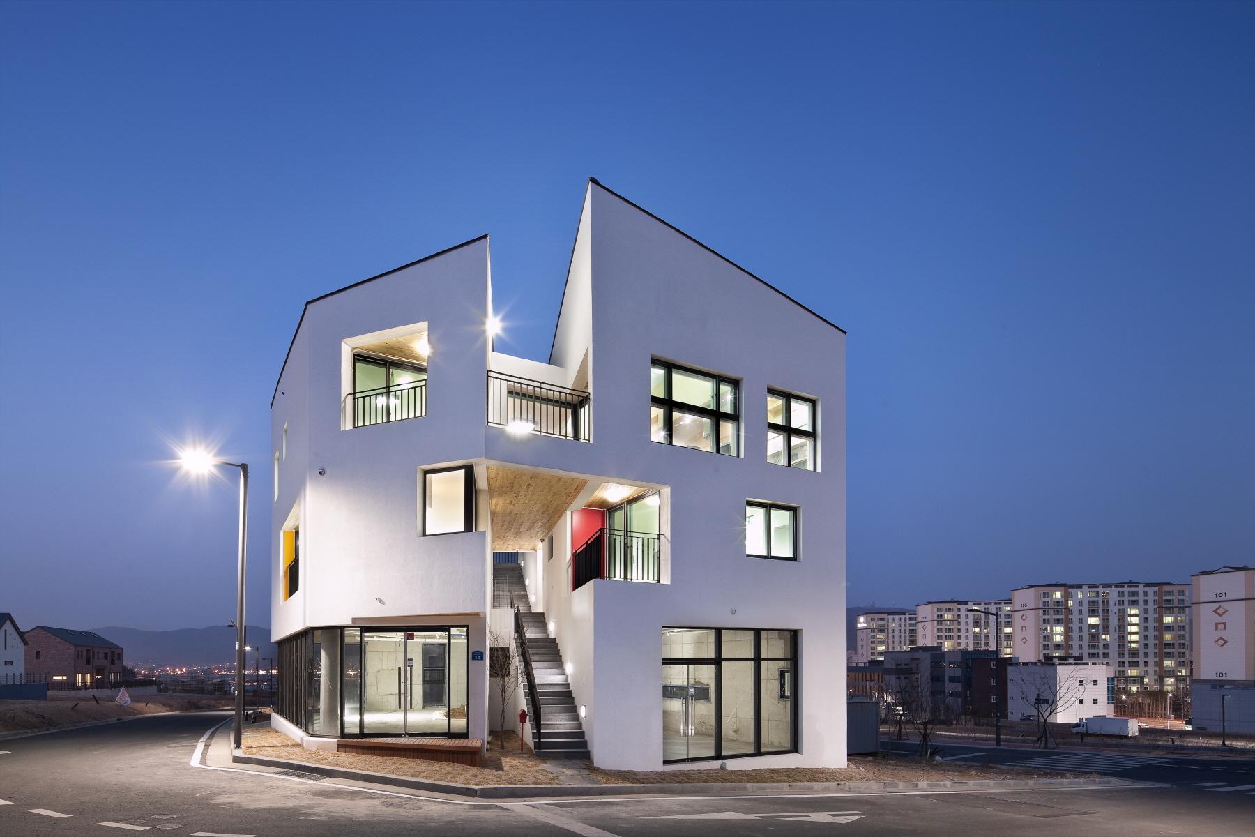 Double House Architect Magazine On Architecture Inc