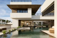 Blue Heron Takes Outdoor Design to the Extreme | Builder ...