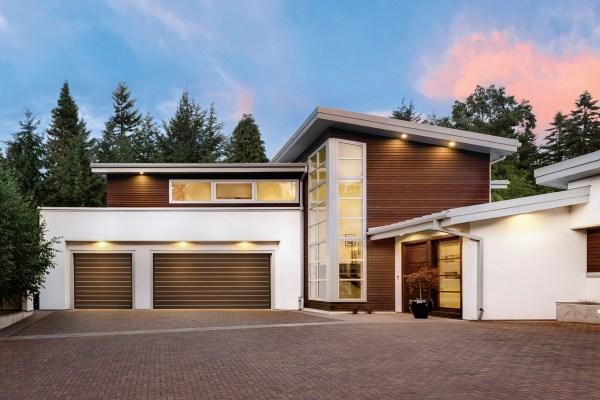 Clopay' Modern Garage Doors Shield And Impress