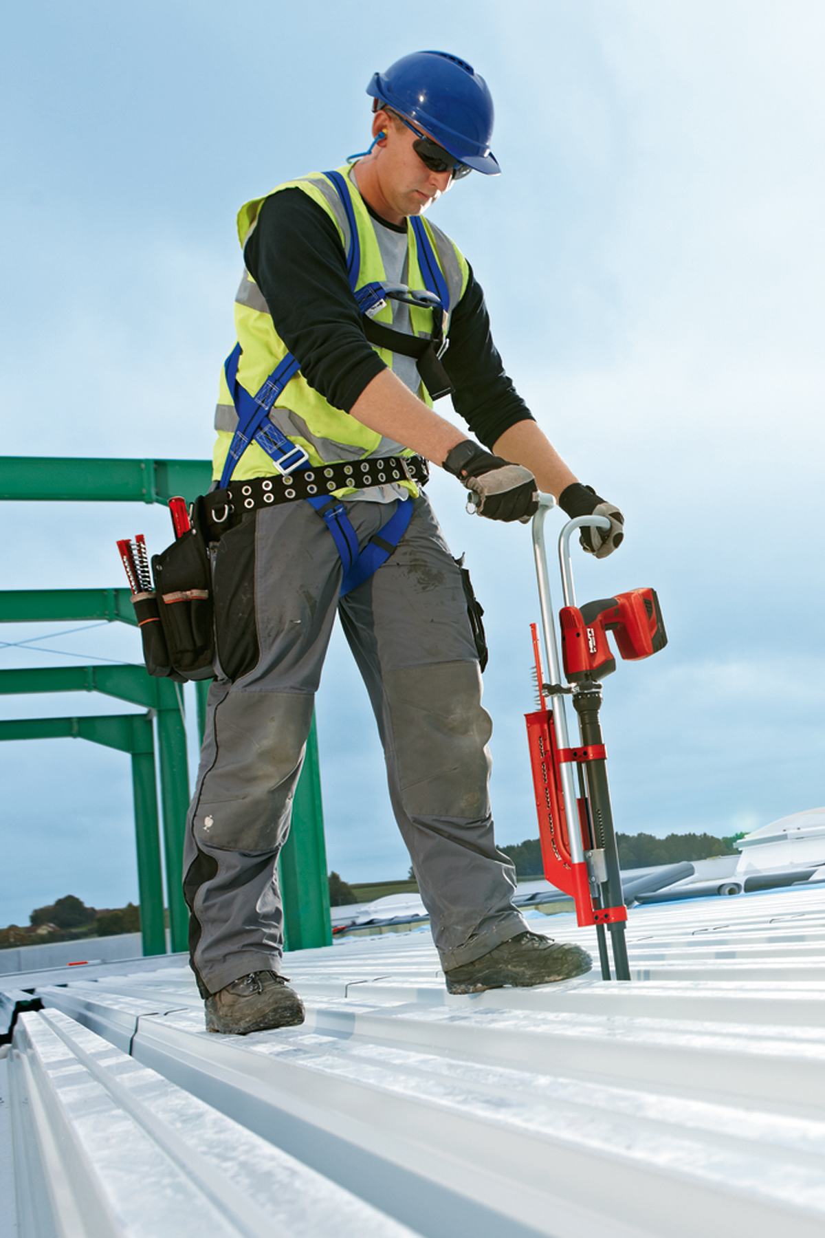 Stand Up Decking Tool System From Hilti Concrete
