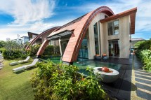 Residential Curved Roof Design