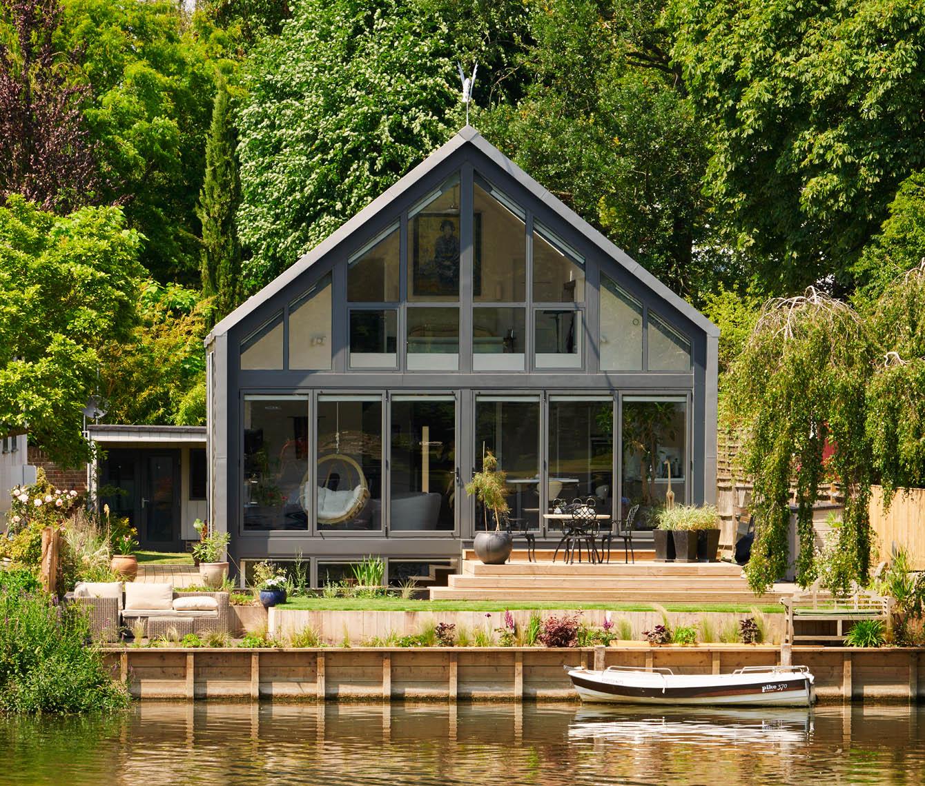 An Amphibious House That Floats During Floods  Custom