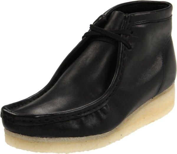 Clarks Womens Wallabee Boot In Black