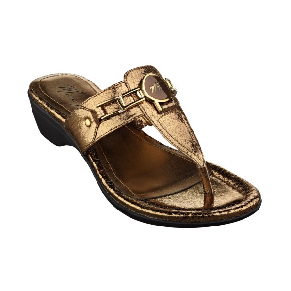 Marc Fisher Amina Thong Sandals In Gold Bronze Crackle Lyst