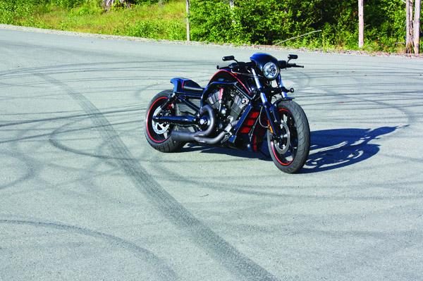 Barnes Harley-Davidson Custom black Night Rod right front