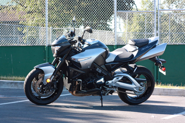 Suzuki b-king side angle