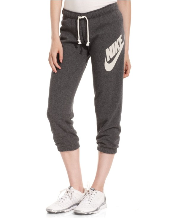 Nike Rally Capri Logo Sweatpants In Black Lyst
