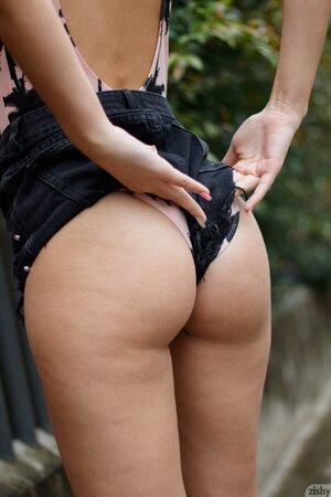 Beautiful Latina girl enjoys showing her bubble-butt outdoors