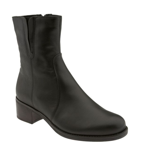 La Canadienne Perla Ankle Boot In Black Leather Lyst