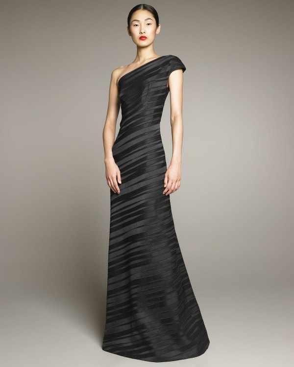 Lyst - David Meister -shoulder Pleat Gown In Black