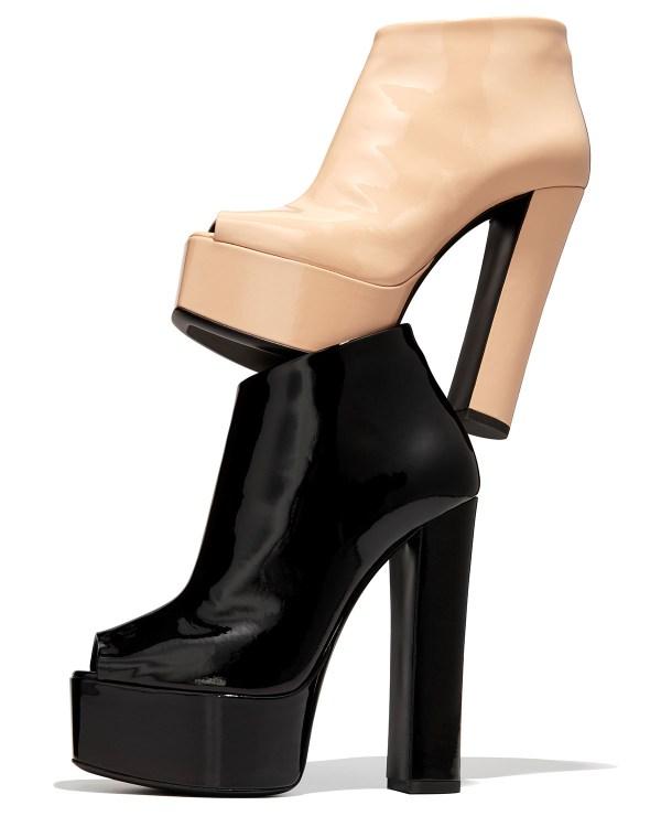 Giuseppe Zanotti Lavinia Peep-toe Platform Bootie In Black