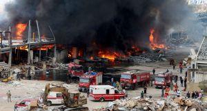 Violent incendie dans le port de Beyrouth