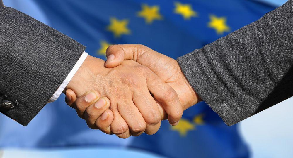 L'UE accepte d'engager les négociations pour intégrer la Macédoine et l'Albanie