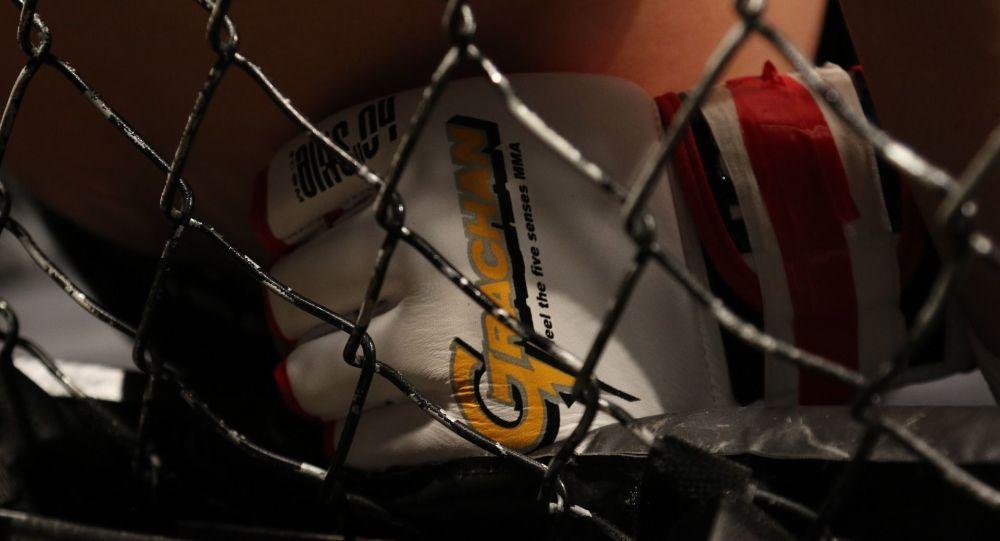 Le conflit entre un champion de l'UFC et le chef de l'organisation prend de l'ampleur
