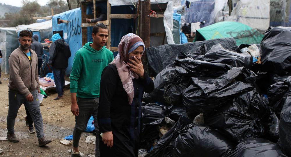 150.000 migrants et des «bombes sanitaires»: la Grèce prise en étau face au Covid-19