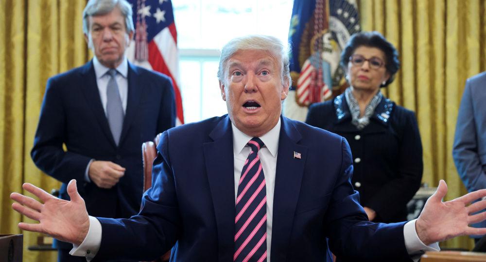 Émeutes, journalistes attaqués aux USA, effet boomerang du discours anti-médias de Trump?