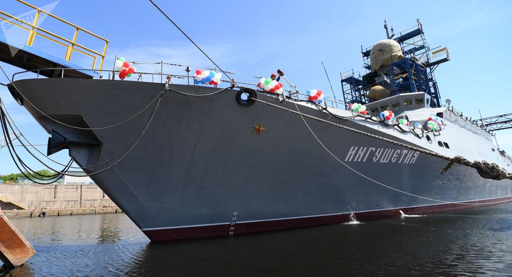 Un touché-coulé avec des navires réels: des exercices russes en mer Noire