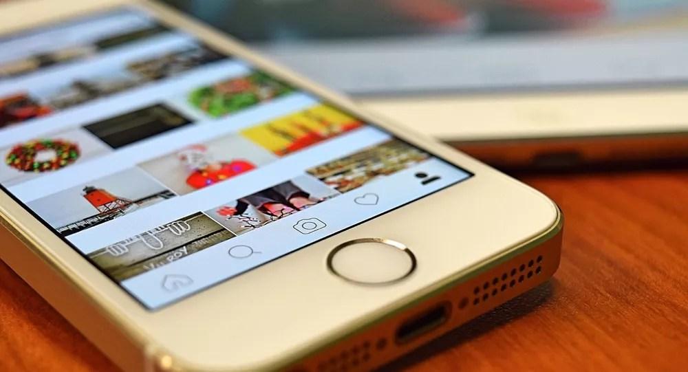 Instagram, smartphone