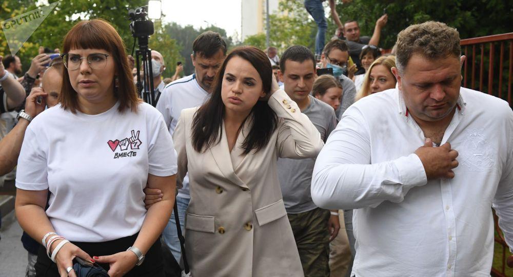 L'opposante principale à Loukachenko, Svetlana Tikhanovskaïa, a quitté la Biélorussie