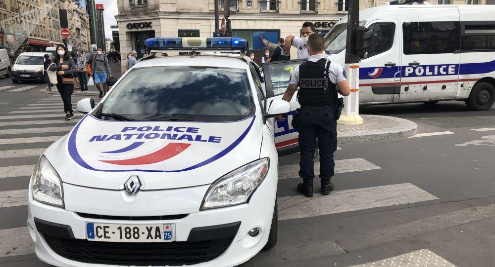 Journaliste infiltré dans la police: révélations choc ou recherche de sensationnel?